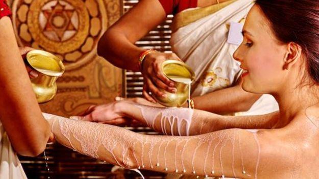 Ritualul ayurvedic de frumusete pe care orice femeie ar trebui sa-l incerce