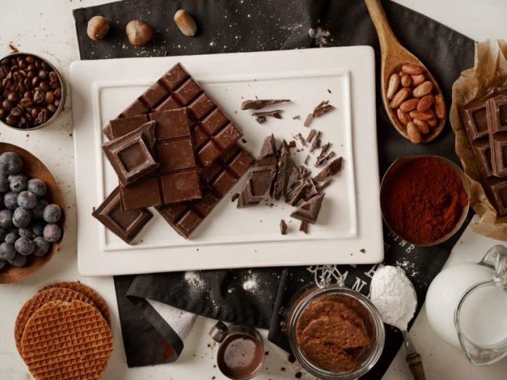 Ciocolata de casa cu ulei de cocos: un desert… wow!
