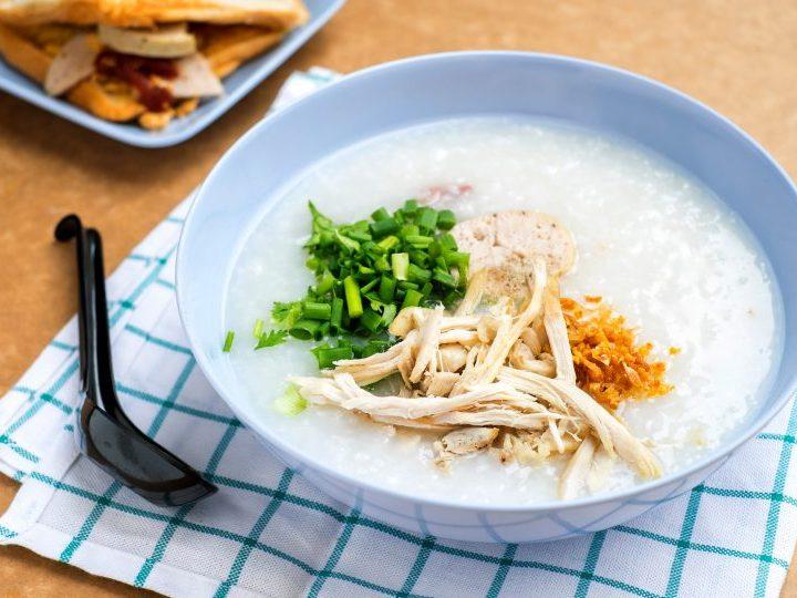 Pilaf de orez cu pui in stil chinezesc